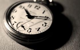 Обои ход, старина, часы, время, стрелки, макро