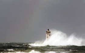 Картинка волны, брызги, шторм, маяк, waves, storm, splash