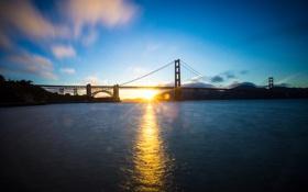 Картинка небо, лучи, закат, горы, мост