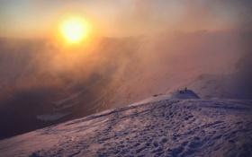 Обои снег, горы, туман, солнце, люди