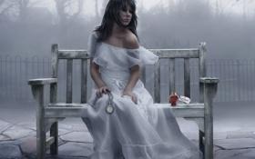 Обои ожидание, девушка, слезы, туман, скамейка