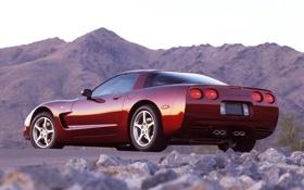 Обои небо, горы, Corvette, Chevrolet, Шевроле, суперкар, вид сзади