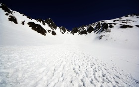 Обои Sky, Blue, Winter, Black, Mountain, Snow, White