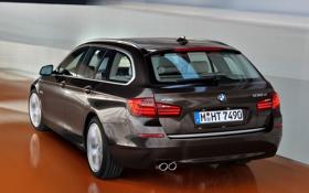 Обои бмв, BMW, в движении, задок, универсал, xDrive, Touring