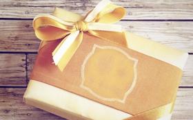 Картинка Подарок, гвозди, бабочка, текстура, доски, дерево, упаковка