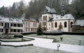 Обои зима, иней, огни, Замок, Новый год, ёлка, гирлянда