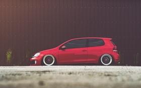 Обои Volkswagen, red, golf, gti, bbs, mk6