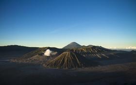 Обои небо, горы, дым, вулкан, горизонт, Индонезия, Ява