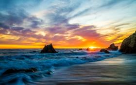 Обои закат, камни, горизонт, небо, солнце, Malibu, волны