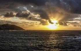 Обои море, солнце, тучи