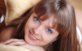 Обои девушка, лицо, портрет, голубоглазая