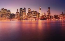 Картинка закат, город, огни, здания, Нью-Йорк, небоскребы, вечер