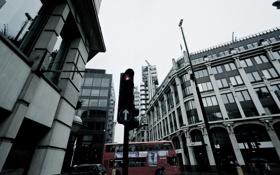 Картинка Лондон, светофор, такси, автобус, перекрёсток