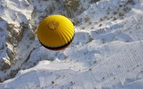 Обои снег, шар, воздушный