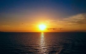 Картинка море, облака, закат, отражение, зеркало, горизонт, желтый небо
