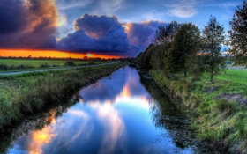Обои дорога, солнце, облака, деревья, закат, природа, река