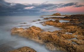 Картинка замок, камни, скалы, небо, облака, крепость, море