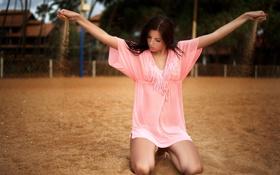 Картинка песок, лето, взгляд, пальмы, платье, ножки, красотка