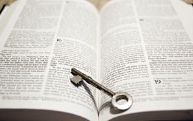 Обои key, book, knowledge, answers