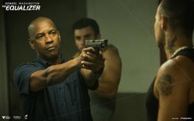 Обои пистолет, оружие, боевик, Denzel Washington, Дензел Вашингтон, The Equalizer, Великий уравнитель