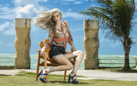 Картинка море, лето, девушка, Clara Pierrotti