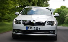 Картинка Škoda, road, Superb, car, front, Combi