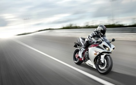 Обои небо, разметка, обои, скорость, трасса, мотоцикл, wallpaper