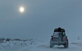 Обои Север, дорога, мороз, машина, холод, солнце в дымке