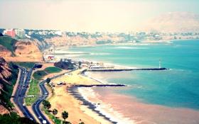 Картинка море, машины, город, пальмы, побережье, дороги, пляж. дома