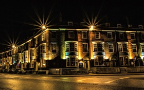 Картинка машины, ночь, огни, дом, улица, Англия, Weymouth