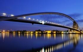 Обои свет, мост, город, огни, отражение, конструкция, вечер