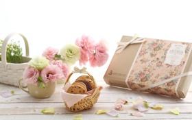 Обои цветы, печенье, box, flowers, коробочка, лукошко, cookies