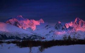Обои зима, горы, утро