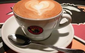 Обои сердце, кофе, ложка, чашка, пенка, копучино
