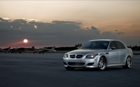 Обои silvery, самолёты, BMW, закат, серебристый, небо, облака