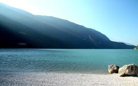 Обои вода, горы, камни, фото, берег, пейзажи