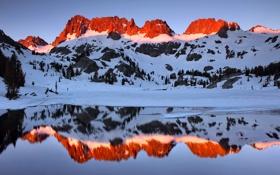 Обои небо, снег, закат, горы, озеро