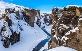 Картинка Исландия, река, зима, скалы, снег