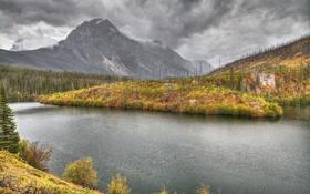 Обои осень, небо, трава, деревья, горы, тучи, река