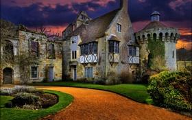 Картинка закат, замок, газон, вечер, дорожка, развалины, Великобритания