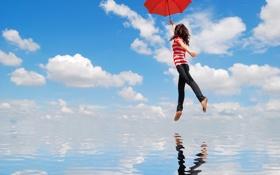 Картинка вода, девушка, облака, отражение, зонт, полёт