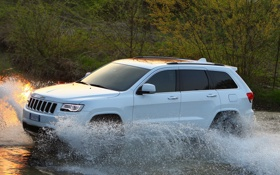 Картинка вода, брызги, большой, джип, автомобиль, Jeep, Grand Cherokee
