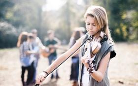 Обои девушка, люди, скрипка