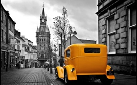 Картинка Ford, жёлтая, роадстер, чёрно-белый фон