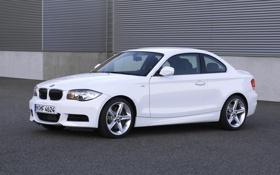 Обои Авто, Белый, BMW, Капот, Фары, 135i, Купэ