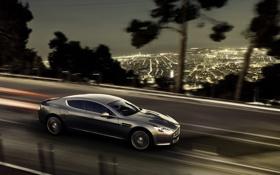 Картинка Aston Martin, Rapide, суперкар, динамика, четырехдверный, огни большого города