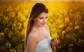 Картинка портрет, цветочки, боке, солнечный свет