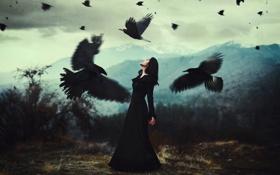 Картинка девушка, облака, горы, волосы, вороны, черное платье, шея