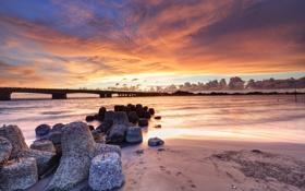 Картинка небо, тучи, мост, озеро, река, рассвет