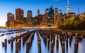 Картинка город, огни, река, берег, здания, Нью-Йорк, небоскребы